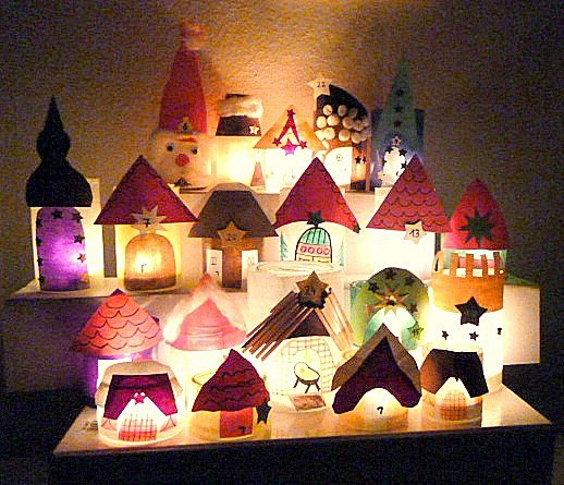 bild 6 adventskalender basteln lichterstadt im dunkeln. Black Bedroom Furniture Sets. Home Design Ideas