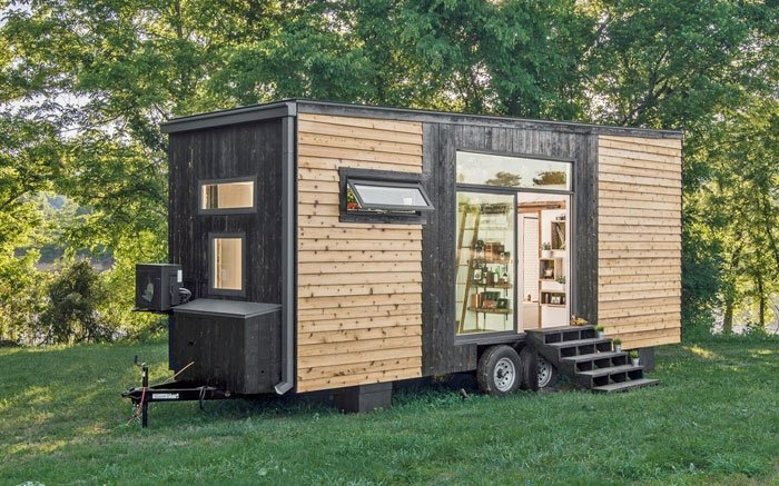 tiny homes das minihaus alpha ist eine komplette luxuswohnung. Black Bedroom Furniture Sets. Home Design Ideas