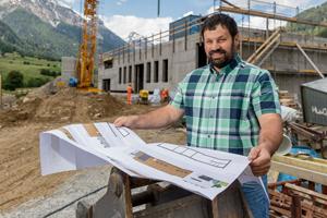 Eine Käserei rettet das Val Müstair: Baustelle Chascharia