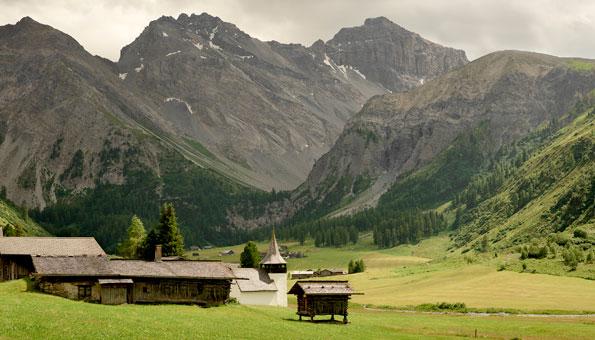 Ausflugsziele Graubünden: Die Top 9 Sehenswürdigkeiten: Sertigtal