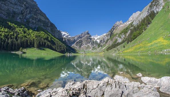 Entdecke die 12 schönsten Orte der Schweiz: Seealpsee