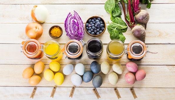 Ostereier natürlich färben mit Randen, Spinat, Kaffee und Co.