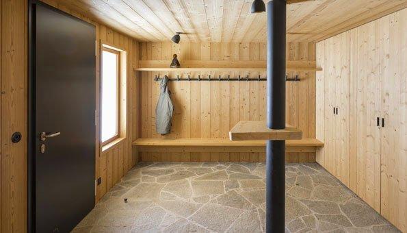 Die Fussböden im Haus bestehen meist aus Stein