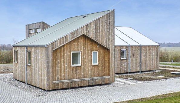 Neben Afällen wurde viel Holz verbaut, vor allem für die Fassade.
