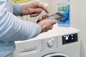Elektrische Geräte ganz einfach mit dem Handy steuern.