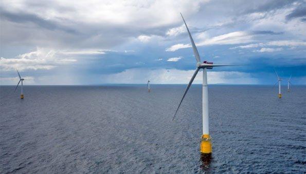 Windfarm in Schottland schwimmt erstmals auf dem Meer