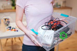Schluss mit Horten! Warum und wie du defekte Elektrogeräte richtig entsorgen solltest