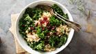 Federkohl Rezept für Federkohl Salat mit Quinoa und Cranberries