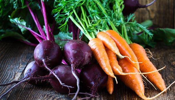 Tipps gegen Food Waste: Blattgrün von Randen, Rüebli, Radisli und co. verwerten