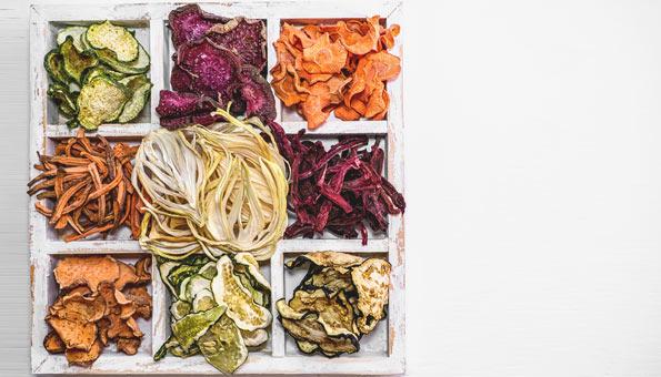 Gemüsechips selber machen im Backofen – Diese Gemüsesorten gehen
