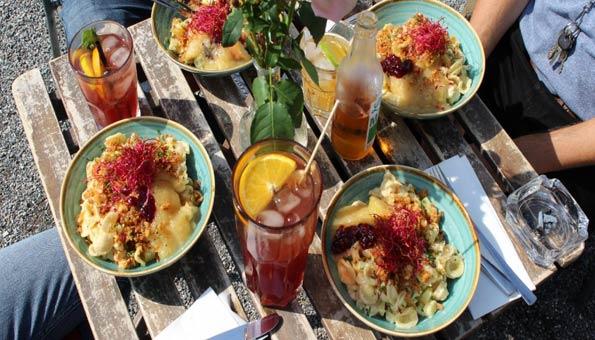 Vegan und vegetarisch essen in Luzern im Café Volière