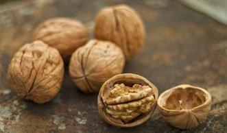 4 gute Gründe, warum Sie öfter Baumnüsse essen sollten