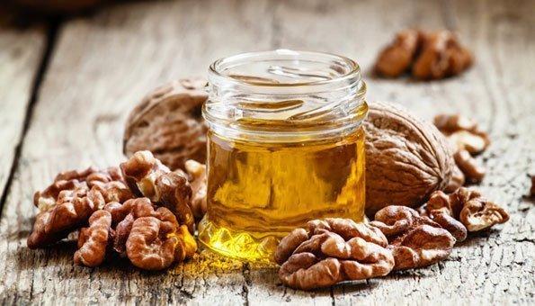 Baumnussöl ist gesund: 5 Wirkungen und Verwendung