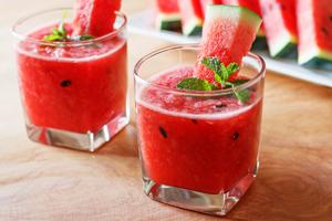 Bowle Rezept mit und ohne Alkohol: Melone