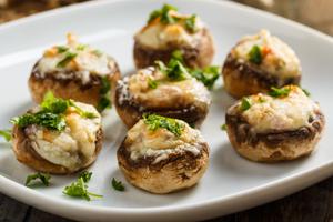 Gemüse richtig grillieren: gefüllte Pilze