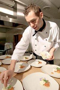 Tofu zubereiten: Koch Pascal Haag zeigt, wie das geht