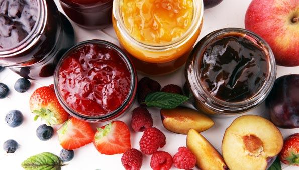 Konfitüre selber machen: Einfache Rezepte mit Früchten der Saison