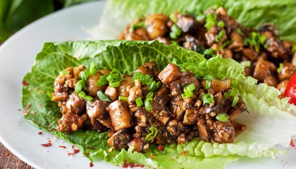 Rezept: Marroni-Salat mit frischen Pilzen und Apfel