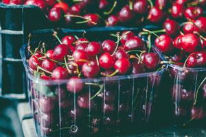 Pestizide gegen Schädlinge auf Kirschen