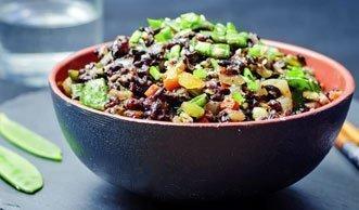 Warum Sie unbedingt mal schwarzen Reis probieren sollten