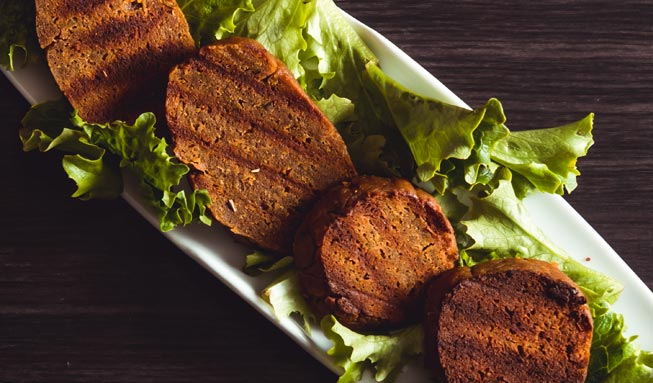 Seitan selber machen: Mit diesem Rezept gelingt der feine Fleischersatz