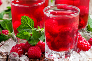 Feinen Sirup selber machen –8 geniale Rezepte