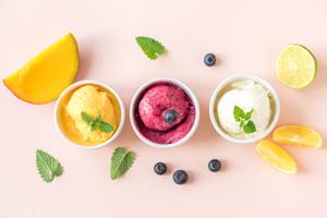 Sorbet Eis selber machen: Rezept für verschiedene Sorten