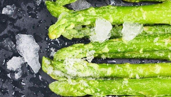 Spargeln einfrieren: Tipps für feine Stangen aus dem Tiefkühler