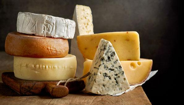 Wasserverbrauch von Lebensmitteln: Käse und Hirse