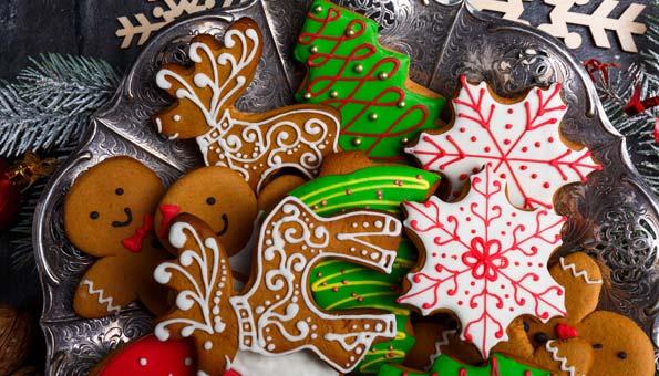 Weihnachtsguetzli-Rezepte: Lebkuchenkekse mit bunter Glasur