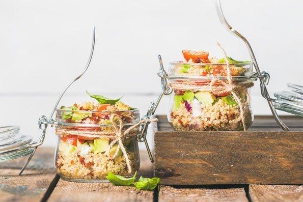 Couscous selber machen: Couscous-Salat im Glas