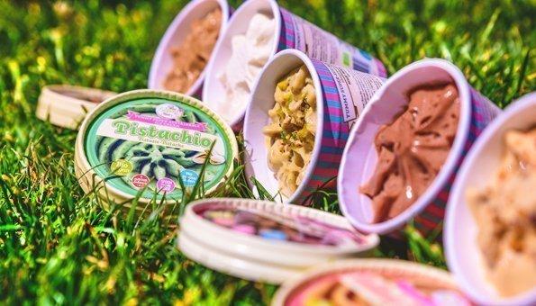 Wo Sie in der Schweiz veganes Eis kaufen können