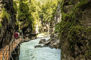 Ausflugsziele Berner Oberland: Die Aareschlucht