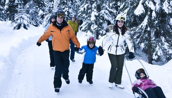Ausflugsziele Schweiz Winter: Winterausflug zur Schlittschuhbahn Albula