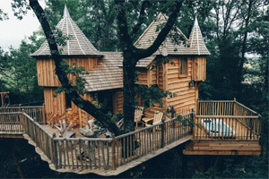 Die Luxusvariante under den Baumhaushotels: Chateaux dans les Arbres