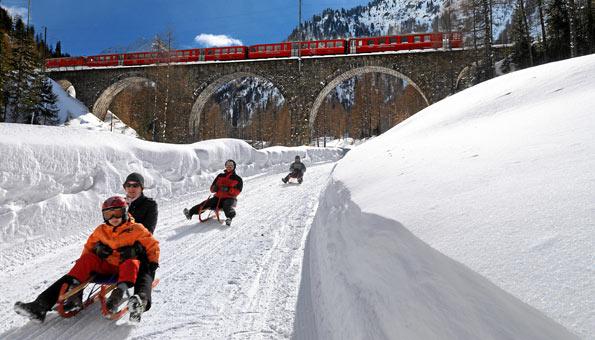 Schlitteln Bergün:  Schlittelbahn Preda Bergün mit 6 Kilometern Länge