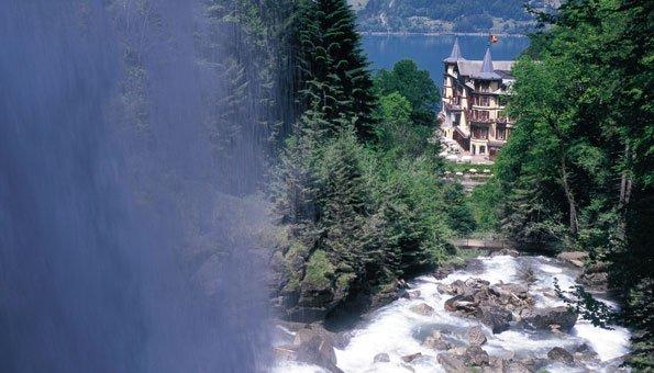 Image result for Zu Besuch an den Giessbachfällen