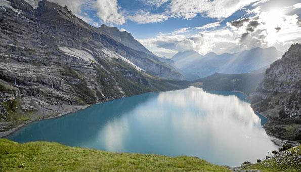 Kraftort Bachalpsee im Berner Oberland
