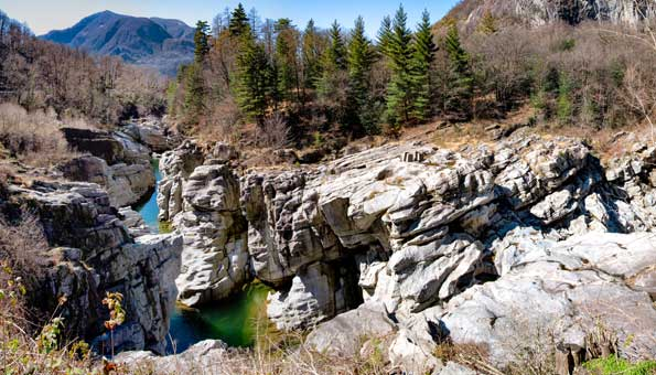 Ponte Brolla im Maggiatal lädt zum Wandern ein
