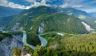 Rheinschlucht Wanderungen: Die drei schönsten Touren durch die Ruinaulta