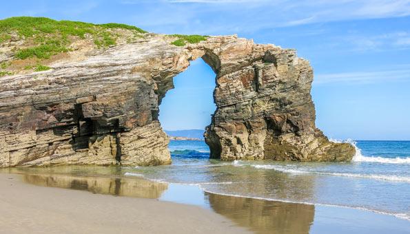 Schönste Strände in Europa: der Praia das Catedrais in Spanien, Galizien