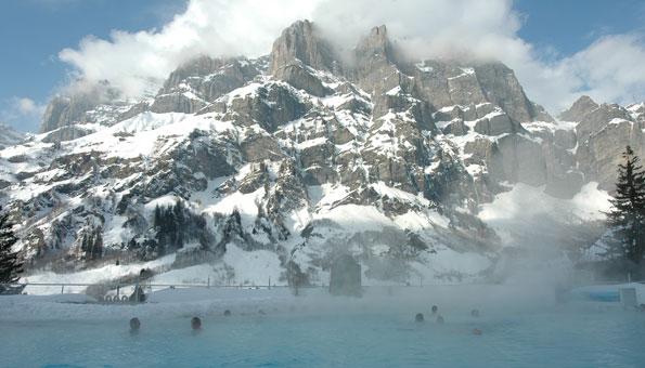 Reiseziele Schweiz: Thermalbad in Leukerbad oder Davos
