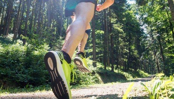 Trail Running Schweiz: Was den Sporttrend so spannend macht