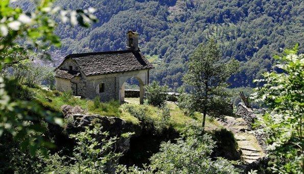 Wandern im und um das Maggiatal: Tessin von seiner schönsten Seite