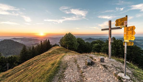 Auf einer Zweitages-Wanderung durchs Zürcher Oberland das Schnebelhorn entdecken