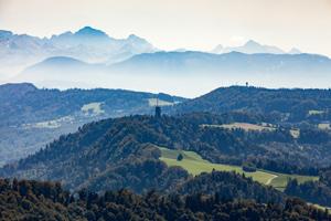 Wandern in der Umgebung Zürich: Der Panoramaweg vom Hotel Uto Kulm zur Albispasshöhe ist besonders schön.