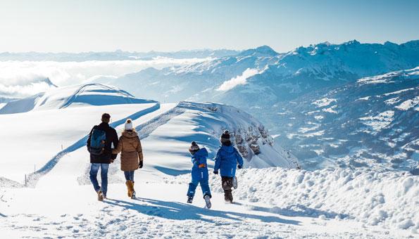 Winterwandern Schweiz: 12 leichte Winterwanderungen mit bester Aussicht