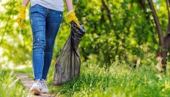 Plalking: Der nachhaltige Trend und das saubere Naturerlebnis