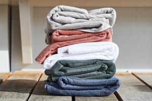 Wir verlosen 3 Badetücher aus Bio-Baumwolle von Lavie