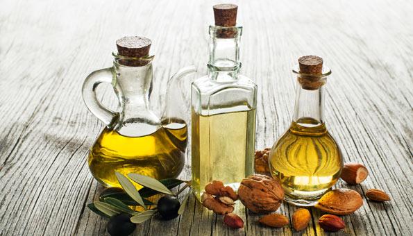 Vermischen Sie Neemöl mit einem Basisöl